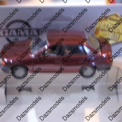 Gama Opel Astra F saloon in Maroon 81002000 in 1:43 scale