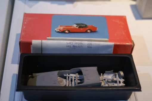 Daimler Dart SP250 Ref 031 Hand Built 1:43 White Metal